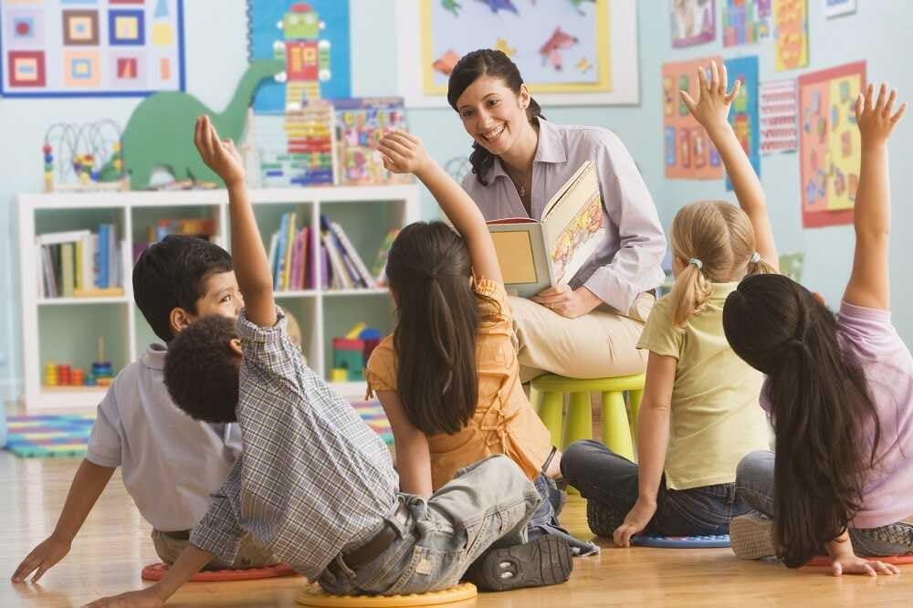 Jakie zalety ma posłanie dziecka na zajęcia z języka obcego uczonego metodą TALKING KIDS?